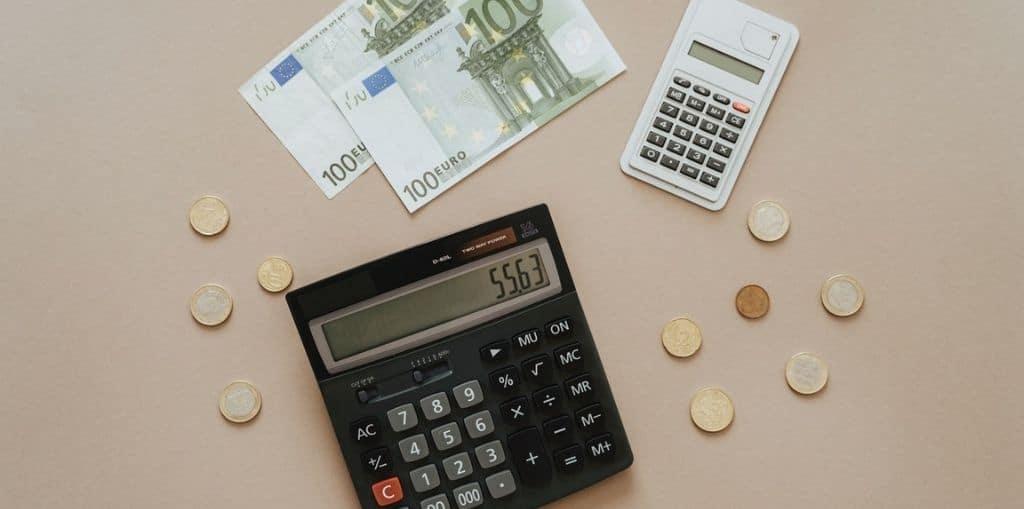 Obraz przedstawiający, jak wygląda zwrot prowizji bankowej.