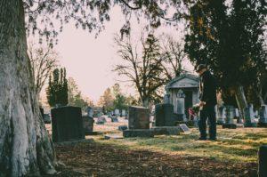 Obraz wyróżniający do wpisu ubezpieczenie pogrzebowe.